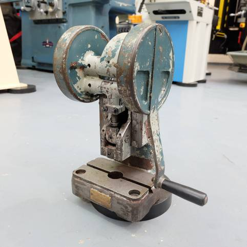 SMART & BROWN Type H3 Bench Top Toggle Press